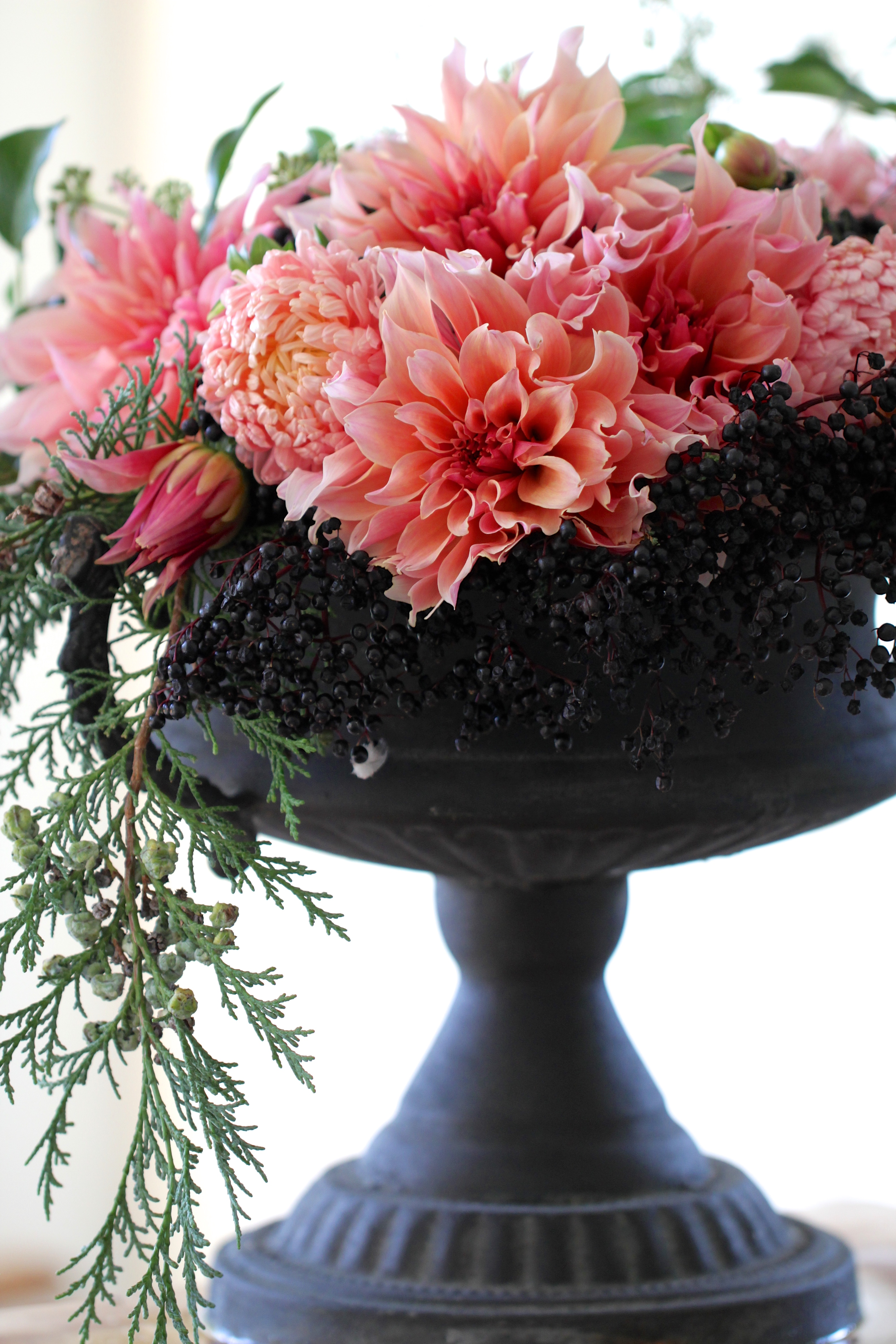 Urn-Filled-With-Dahlias